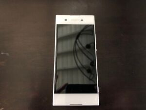 Sony Xperia XA1 - 32GB - White Smartphone - SCREEN ISSUES (19)