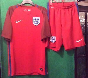 Nike 2016-17 England Football Away Shirt And Shorts - Small Adult