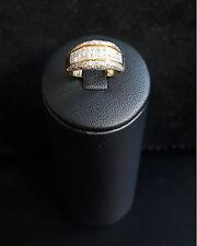 Bague en or jaune sertie de diamants