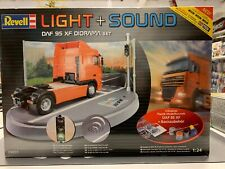 Revell 09031 1:24 Light & Sound DAF 95 XF Diorama Set