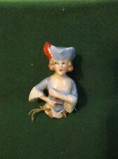 GENTE DAME  demie-figurine  en porcelaine  allemande