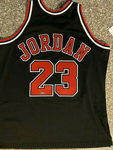 MICHAEL JORDAN Signed Autographed Chicago Bulls Black Authentic Jerse UDA