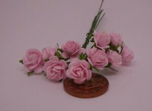 1:12 Scale Light Pink Paper Roses  A Dolls House Miniature x 10