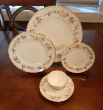 """Wedgwood """"Mirabelle"""" Pattern R4537 5 Piece Place Setting (S) Made In England"""