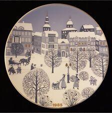Arabia Christmas Plate 1985 Designed by Raija Uosikkinen