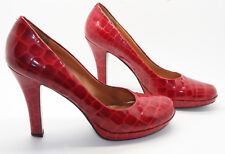 """VINTAGE SCARLET LEATHER REPTILE """"MADE IN BRAZIL"""" STILETTO HEELS 7"""