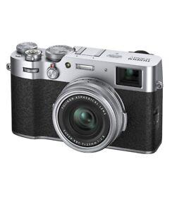 Fujifilm X100V Fotocamera Digitale Compatta 26Mp, Sensore X-Trans Cmos 4, Obbiet