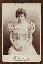 Mlle Jeanne Saulier, Actrice de théâtre, Photo Cabinet card, Reutlinger