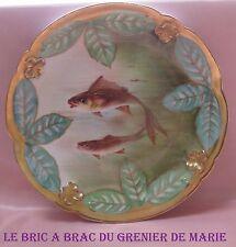 Belle assiette décorative porcelaine Limoges à décor de poissons