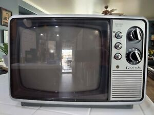 Panasonic Portable Black & White Gaming TV Vintage 1978 TR-882