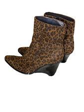 Stuart Weitzman Leopard Boots Sz 7.5