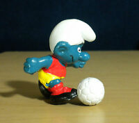 Smurfs Soccer Player Smurf 20035 Vintage Figure PVC Toy Figurine 80s Peyo HK