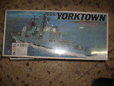 1/700 KIT YORKTOWN YORK TOWN TICONDEROGA U.S.S. USS