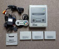 Super Nintendo SNES Konsole mit 1 Controller + 4 Zufällige Spiele Module