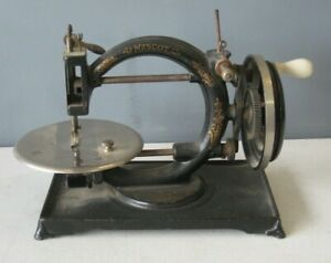 Antique Mascot Sewing Machine Cast Iron Hand Crank #MS25 Willcox & Gibbs ?