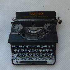 Vintage Style Typewriter Brooch or Scarf Pin Fashion Wood Accessories New Black