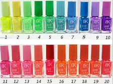 (R-8156) 1 BOTE  07 ml  DE ESMALTE FLUORESCENTE BRILLA EN LA OSCURIDAD Nº-05
