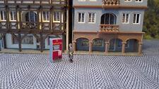 2X Fahrkartenautomat DR Ticketautomat 1:87 H0 | Deutsche Reichsbahn | Bahnhof