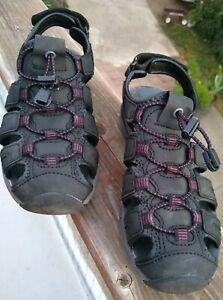 Women's  Khombu   River Sandals Comfort Outdoor Hiking Shoes   7 M   EUC