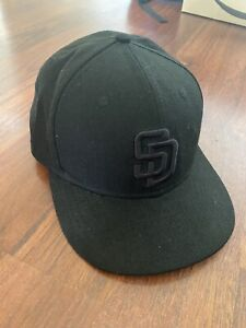 New Era 59Fifty San Diego Padres Black Fitted Hat MLB Cap 7 5/8