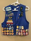 Vtg GIRL SCOUT  BLUE VEST AWARDS w/ LOTS of Patches Pins Sz Medium Med 7/8 9/10