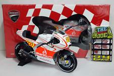 MINICHAMPS ANDREA IANNONE 1/12 DUCATI DESMOSEDICI MOTOGP 2013 + PITBOARDS BOX