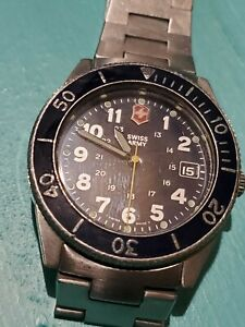 Vintage swiss army mens diver watch