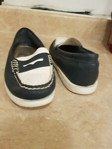 Women's Sperry top-sider Navy and White leather size 6M
