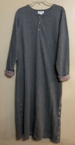 Cabernet Gray Fleece Button Pullover Robe Long Pockets Size Small