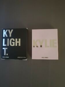 KYLIE KYLIGHTER Pressed Illuminating Powder CHEERS DARLING Light Champagne Gold