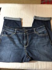 Nine West jeans 33/16 with 25-26 inseam bling. Date night fit. Back pocket flap