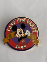 WDW Cast Exclusive Cast Pin Party 2005 Mickey Mouse Disney Pin LE (B3)
