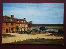 POSTCARD HAMPSHIRE BUCKLERS HARD - THE CREEK