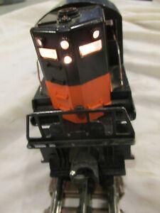 Vintage postwar Lionel 2338 Milwaukee Road GP-7 diesel engine - BOX used runs