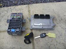 Honda Civic Engine ECU and Fusebox 1.8 i-Vtec R18 Mk8 2006-11 37820-RSA-G33