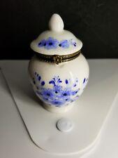 Stash trinket box round white blue flowers hinged