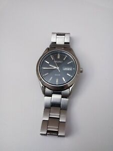 Seiko Day-Date Solar V158-0AB0 Men's Watch