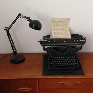 1920s Vintage Underwood Typewriter