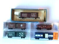 "(5) NEW ""N SCALE"" TRAIN CARS (4 MICRO-TRAINS LINE & 1 CON-COR TRAIN CAR)"