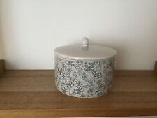 Grey floral pattern trinket/keepsake ceramic pot