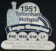 Tottenham Hotspur victoire PINS 1951 1st Division Champions badge Danbury Comme neuf
