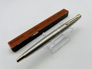 K2738 PARKER Fountain pen  Silver    <M> w/BOX