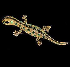 Große Brosche mit Gecko Eidechse, grüne Kristalle, goldfarben