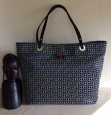 Tommy Hilfiger Women Black/White TH Signature Jacquard Large Tote NWT MSRP 118$