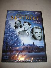 MIRACLE ON 34th STREET - TERESA WRIGHT & THOMAS MITCHELL -  - B&W -NEW