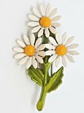 (K-890) Vintage white daisies yellow center enamel pin jewelry brooch flower