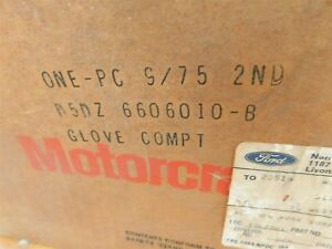 NOS 1975 - 1982 FORD GRANADA GLOVE COMPARTMENT BOX LINER ASSEMBLY NEW NOS FORD