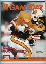 TAMPA BAY BUCCANEERS vs/at NY JETS OFFICIAL NFL GAMEDAY PROGRAM 11/17/1985 62-28