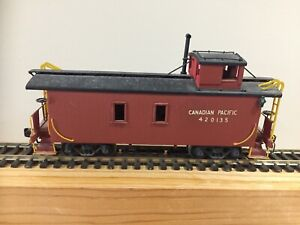FM Models - VH CP Brass Wood Sheathed Caboose/ Painted #420135