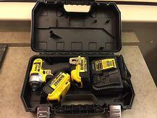 DeWalt DCF885M2 20v Max Li-on Impact Driver Kit w/ (Two) 4.0 AH XR Batteries